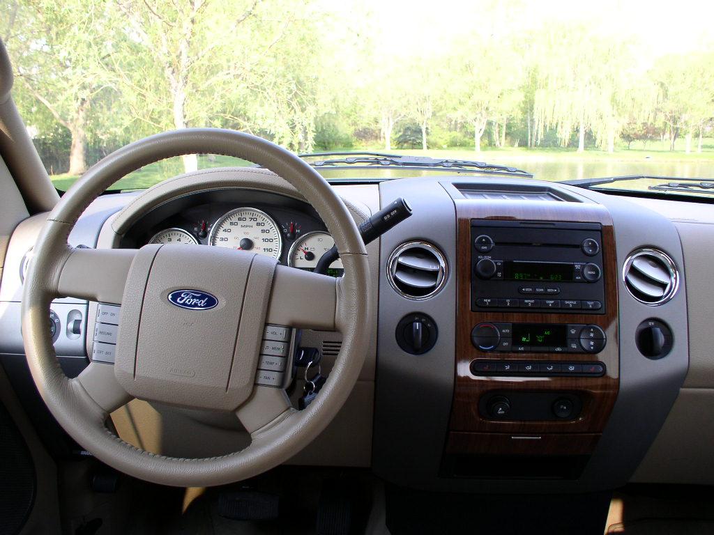 2004 ford f 150 xl triton