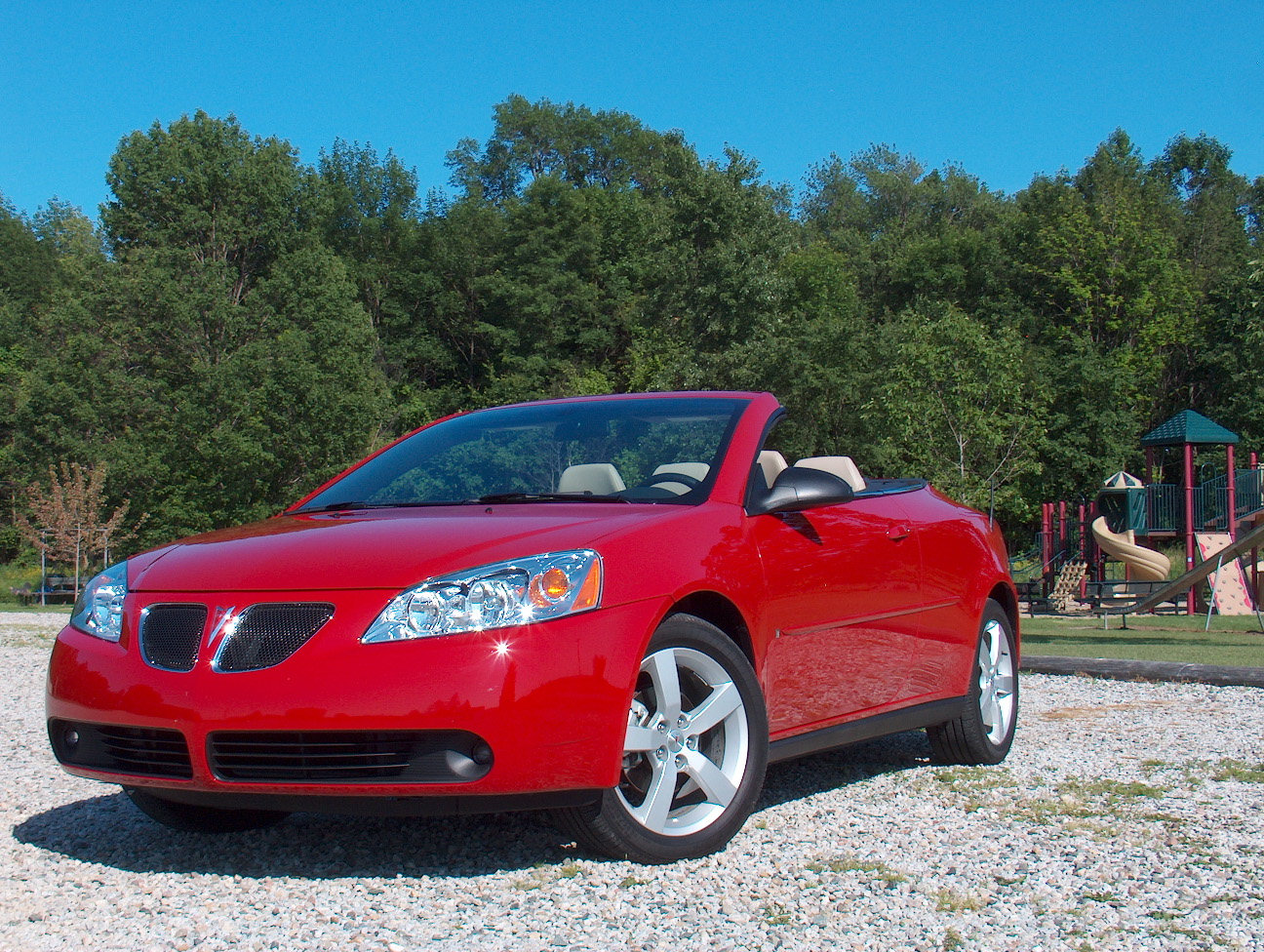 automotive trends 2006 pontiac g6 convertible. Black Bedroom Furniture Sets. Home Design Ideas