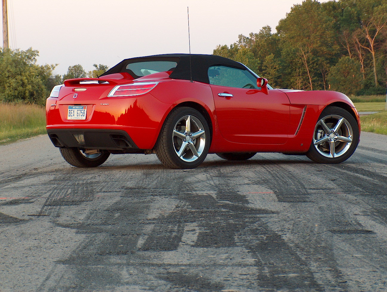 Automotive Trends  2007 Saturn Sky Redline and Pontiac Solstice GXP