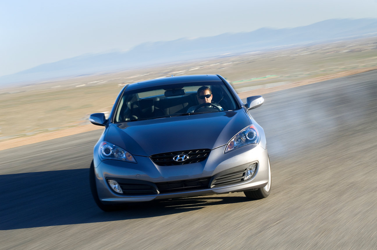 automotive trends 2010 hyundai genesis coupe 3 8 track. Black Bedroom Furniture Sets. Home Design Ideas