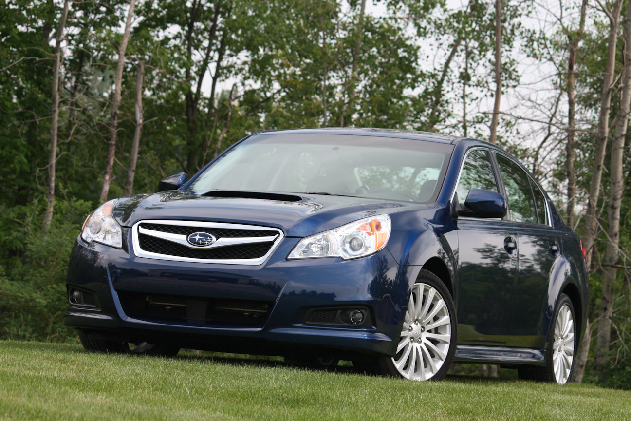 Subaru Legacy: How to preset stations