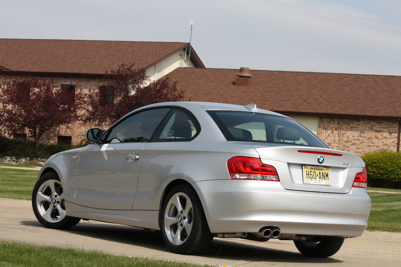 Automotive Trends » Video Review: 2012 BMW 128i