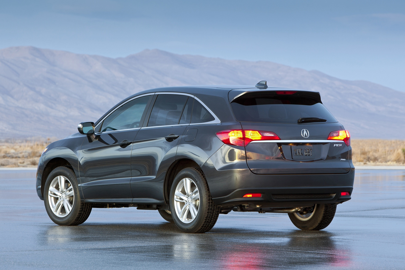 automotive trends first drive 2013 acura ilx and rdx. Black Bedroom Furniture Sets. Home Design Ideas