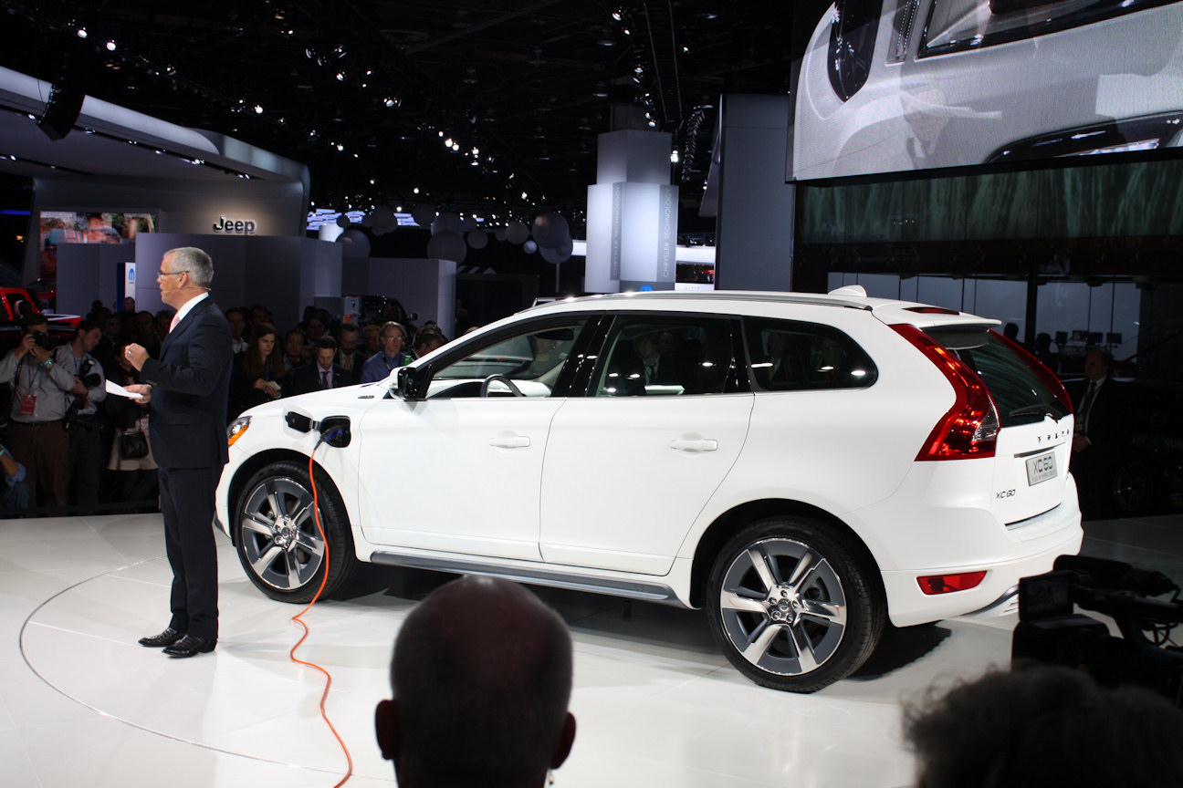 plugin the of and fully plug depleted wheel everything is wheels battery electric another if feature or affordable hybrid capability offers with that all in charged volvo when neat drive system fast